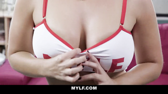 MYLF -Hot Body Milf Shows Off Her Beautiful Curves