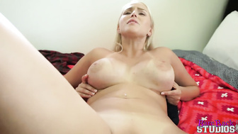 Vanessa Cage in Fucking My Older Step Sister