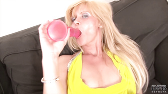 Old cougar gets her pussy and ass fucked hardcore by black guy big cock