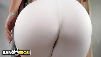 Monroe ass kelsi Kelsi Monroe